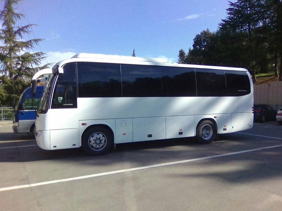 Аренда автобуса HIGER с водителем в Сочи